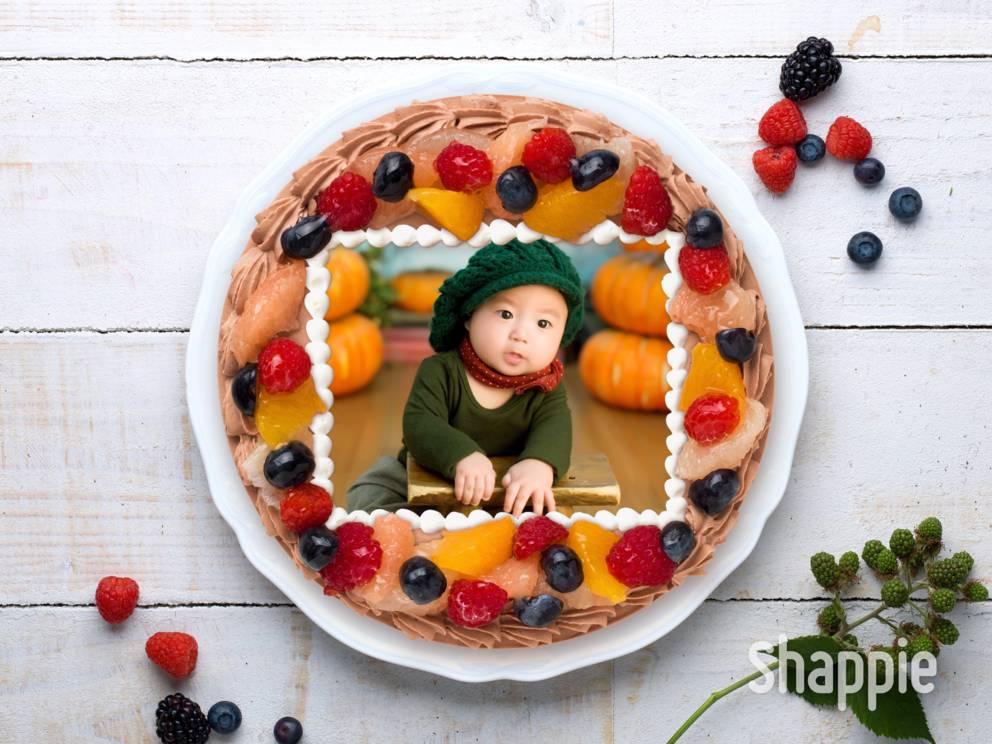 調整を終えて完成した写真ケーキ
