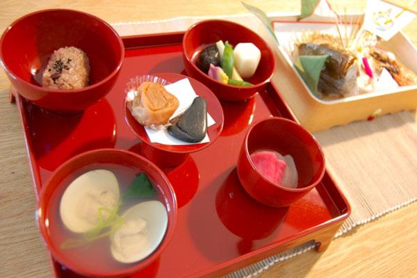 お食い初め祝膳-お食い初めケーキ