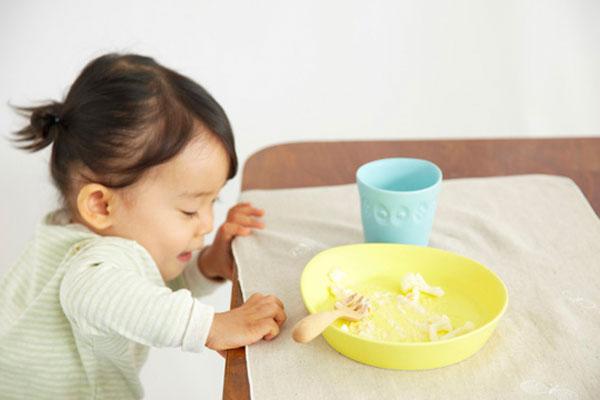 mina perhonen-こどもの食器-お食い初めケーキ